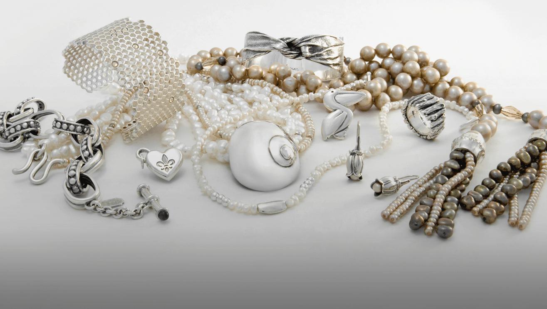 Lend Your Interest Towards Handmade Jewellery